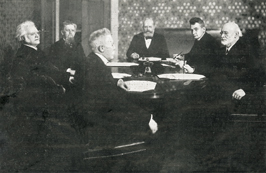 Members of the first Norwegian Nobel Committee members (Left to right): Bjørnstjerne Bjørnson, John Lund, Hans Jacob Horst, chairman Jørgen Løvland, secretary Christian Lous Lange and Carl Berner.