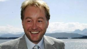 Entrepreneur and industrialist Kjell Inge Røkke is Aker ASA's main owner. He has been a driving force in the development of Aker since the 1990s. Photo: NRK.