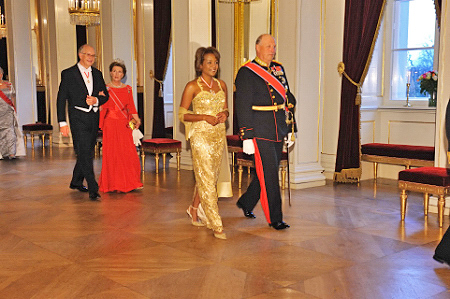As part of the visit to Norway, Their Majesties King Harald V and Queen Sonja of Norway hosted a State dinner in honor of Their Excellencies. Photo by MCpl Jean-François Néron, Rideau Hall.