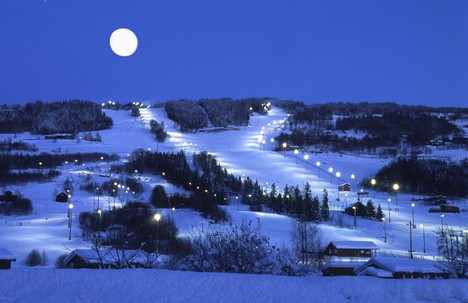 Hafjell in the moon light. Photo: Hafjell.no
