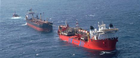 The Lufeng field offshore China surpassed a total of 42 million barrels produced by year end 2008 – far more than originally projected. Photo: StatoilHydro.