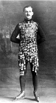 Oscar Mathisen in 1914 with all his medals.