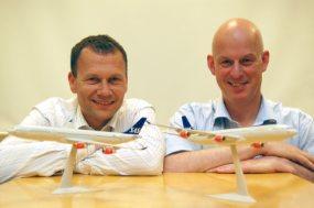 Business developers Trond Bakken (left) and Hans Erik Swendgaard at SINTEF ICT coordinate SINTEF's work on Air Traffic Management. Photo: Svein Tønseth