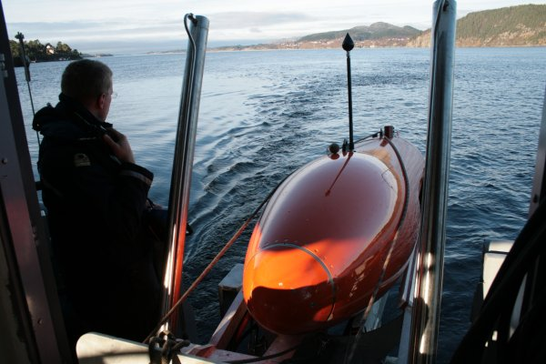 The Royal Norwegian Navy will use its latest Kongsberg Maritime HUGIN 1000 AUV in the search for Amundsen.
