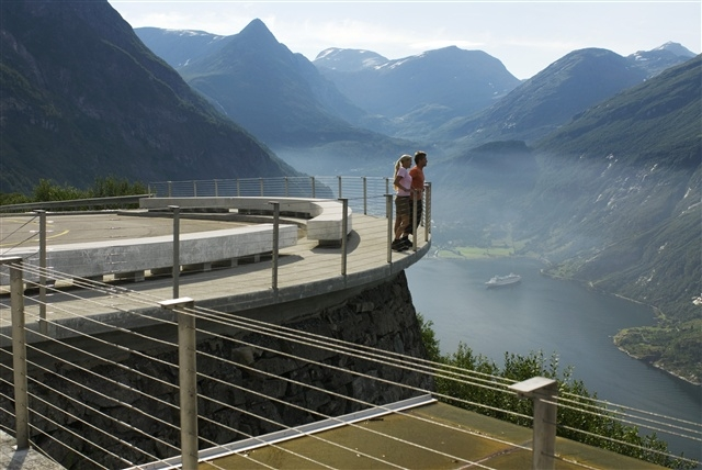 Viewpoint at Geirangerfjord. Photo: C.H./Innovation Norway