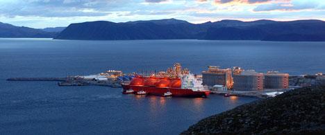 Arctic Princess by the port at Melkøya, Hammerfest, Norway. Photo: StatoilHydro.com