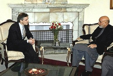 Jonas Gahr Støre met with President Hamid Karzai at the Presidential Palace in Kabul.