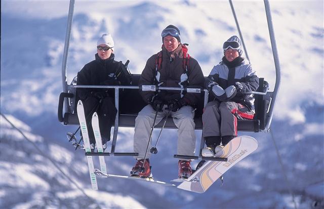Skiing in Hemsedal. Photo: Terje Rakke/Nordic life/Innovation Norway