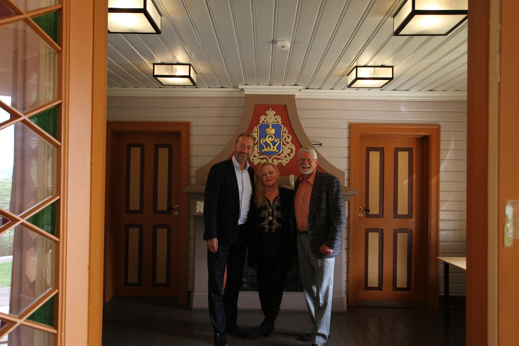 Photo: Norwegian Ministry of Trade and Industry / Flickr Trond Giske, Norwegian Minister of Trade and Industry, met with Susan Phillips and Barrie Osborne to discuss the project.