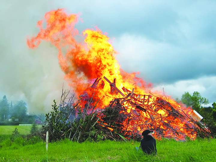 Photo: Janne Karaste / Wikimedia Commons Back when Easter was Eostre, bonfires were a common ritual marking the return of the sun in spring.
