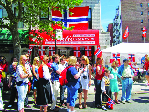 Photo: Arlene Bakke Nordic Deli on the 17th of May. The store is a great place to watch the parade from.