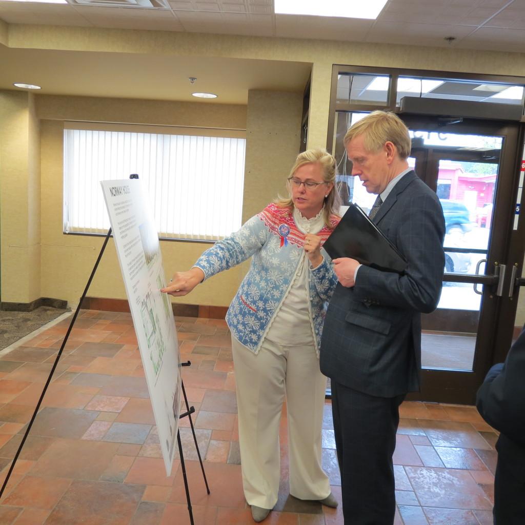 Photo: Leslee Lane Hoyum Ambassador Was visits Norway House.