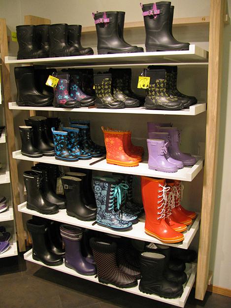 Photo: Heidi Håvan Grosch Rain boots for everyone!