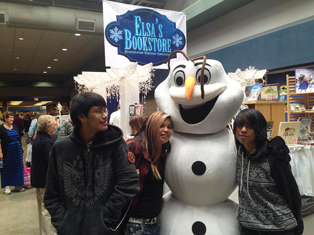 Photo courtesy of Norsk Høstfest Olaf the snowman also made an appearance at this year's Norsk Høstfest.