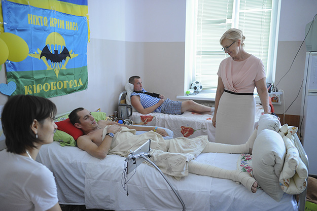 Photo: Marit Fosse Minister of social policy Liudmyla Denisova visits injured Ukrainians.