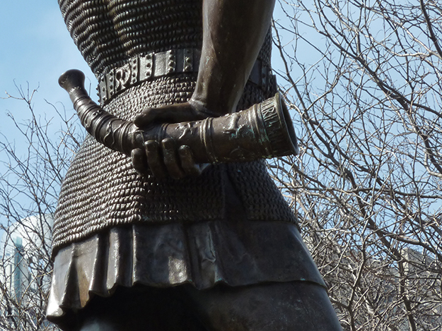 "Photo: James Steakley / Wikimedia Commons Sound the horn! ""Leif, the Discoverer,"" a statue of Leif Erikson in Milwaukee, would like you to know that his day is approaching."