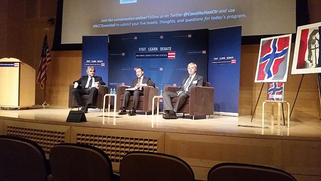 Photo: Michael Kleiner The speakers during the debate: Ola Mestad, Jeffrey Rosen, and Kaare Strøm.