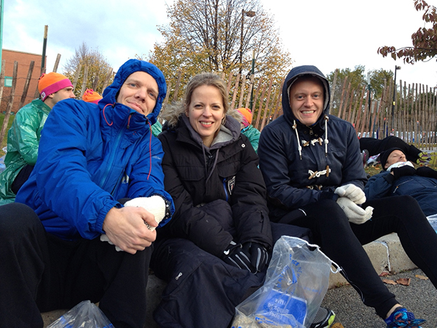 Photos courtesy of Annette Orre  It was very cold the morning of the race, but runners and onlookers alike braved the weather.
