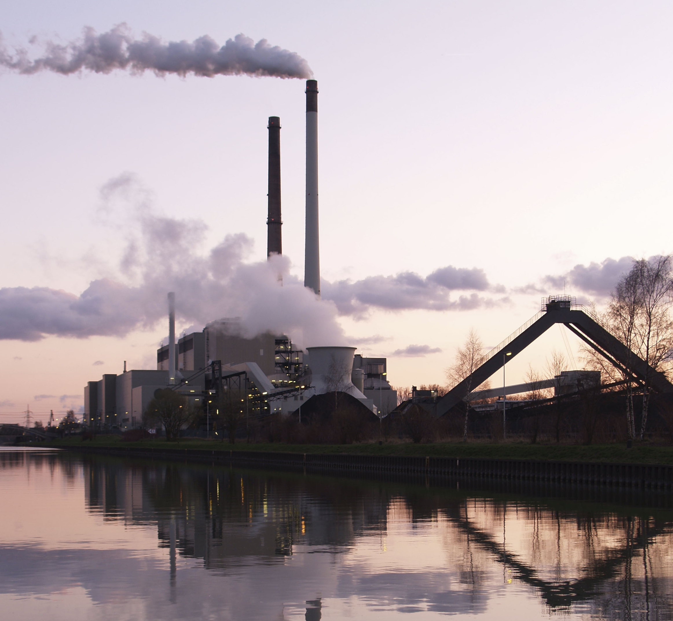 Photo: Arnold Paul  / Wikimedia Commons A coal-fired power plant in Germany.
