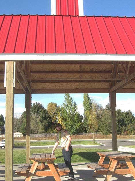 Photos: Bill Solum Einar with his picnic tables.