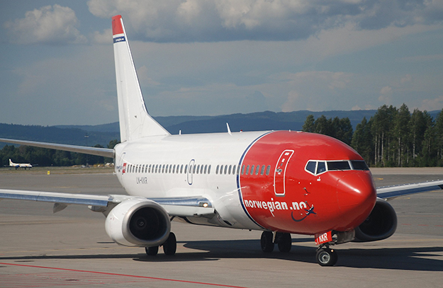 Photo:Aero Icarus / Wikimedia Commons One of Norwegian Air's Boeing 737s. We don't see the airline's planes at many U.S. airports, but Norwegian hopes to change that.