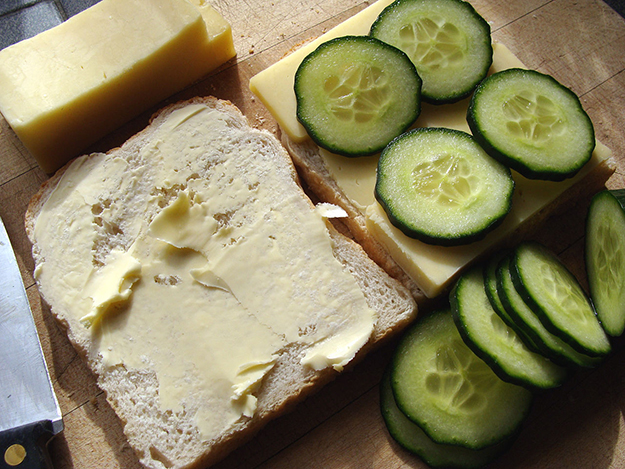 Photo: ProfDEH / Wikimedia Commons Sandwiches with butter and pålegg of cheese and sliced cucumber on top.