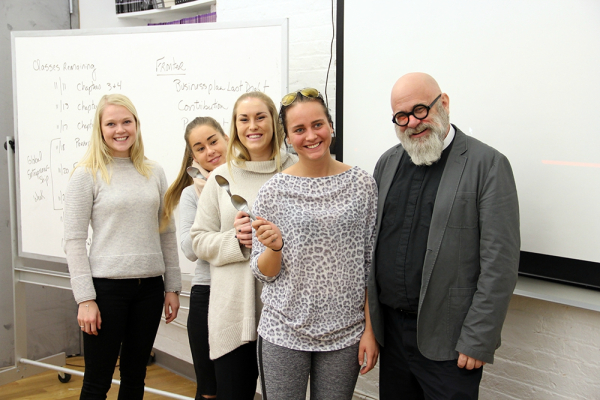 """Photo: gatewaynewyork.blogg.no Students at the New York campus also give back to the community. In the photo above they're taking """"spoon selfies"""" to publicize a dinner for the homeless that the school was involved with."""