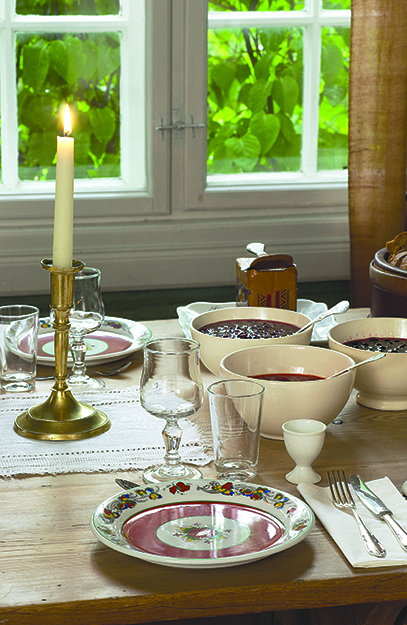 Photo: Morten Brun / Visitnorway.com Mealtime at Sygard Grytting, where pilgrims can stay in a hotel attic dating back to 1300