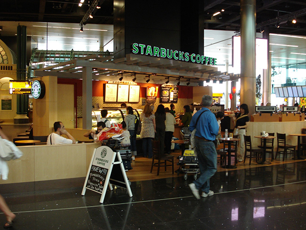 Photo: Marc van der Chijs / Flickr Starbucks's presence in European airports continues to expand.