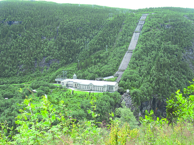 Photo: Skotten / Wikimedia Commons The Vemork power plant as it looks today.