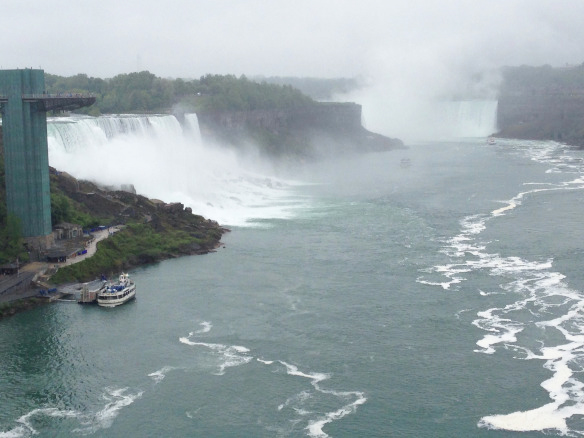 Photo: Per Walmsness The cyclists visited Niagara Falls.