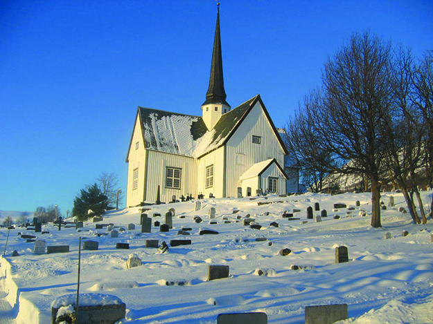 Photo: Danielnorthall / Wikimedia Oppdal Kirke, a typical 17th century church.