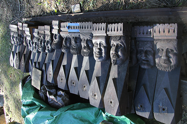 "Photo: Arne Asphjell The Kings are ready to be shipped to Norway. But a crucial question remains: Who were the models for these heads? The team suspects the woodworker used ""orkdalinger"" as inspiration for this type of art, so perhaps they'll find living likenesses in Norway."
