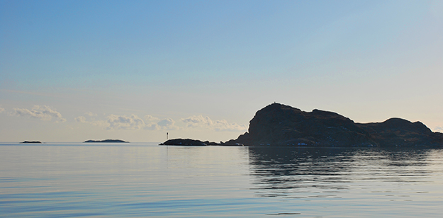 Photo: Tregde Ferie / Wikimedia Commons The south end of the island of Skjernøy as seen from the water.