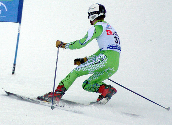 Photo: Happy-marmotte / Wikimedia Commons Telemark ski racing.