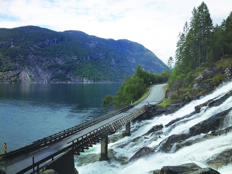 Photo: Linn Chloe Hagstrøm Furebergfossen, an impressive waterfall outside of Rosendal.