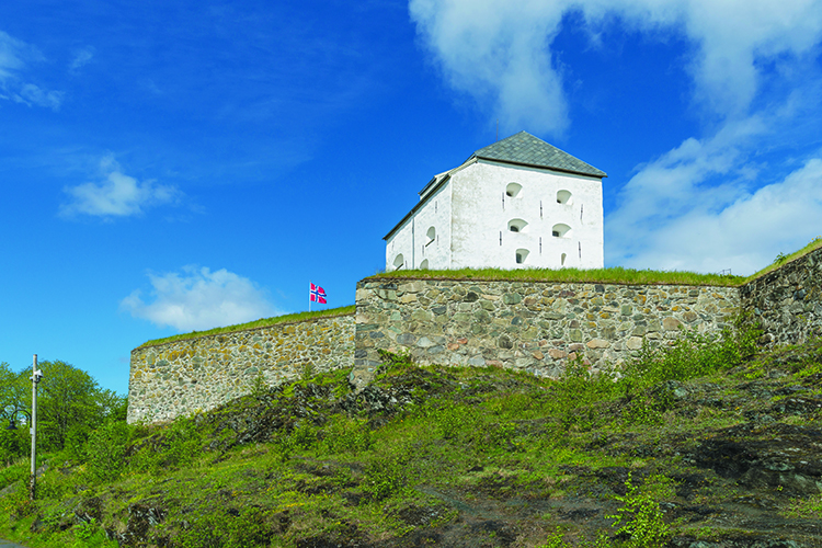 Photo: DXR / Wikimedia Kristiansten Fortress was built in the 17th century to protect Trondheim against invasion from the east, and is one of the last stops on St. Olav's Way leading to Nidaros.