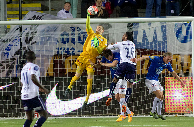 Photo: Molde FK Molde's American goalkeeper defends his new territory.