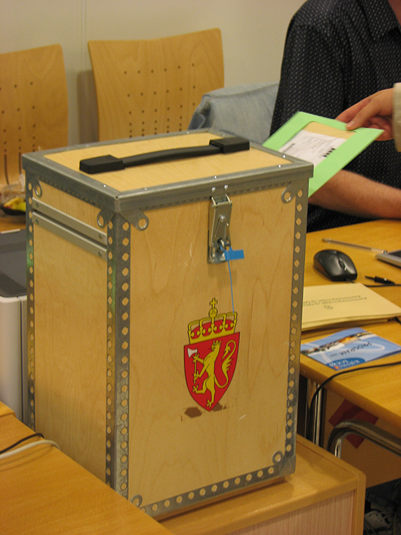 Photo: Røed / Wikimedia Commons A Norwegian ballot box.