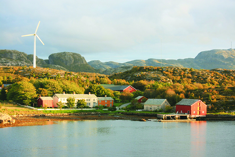 Photo: Marius Meyer / Wikimedia Commons A wind turbine in Bjugn, Norway. Renewable energy could help restore Norway's economic security.