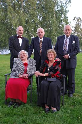 Photo courtesy of Ola Ljødal The remaining Ljødals in 2009. Ola, Neri, Gunner, Thorbjørg, and Kari.