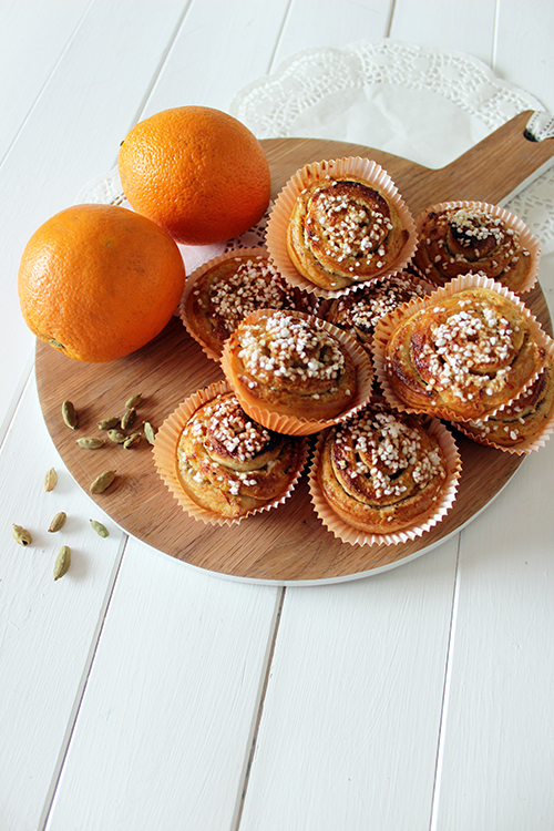 Photo: Kajsa Kinsella Add an orange twist to a Scandinavian classic with these cardamom and orange buns.