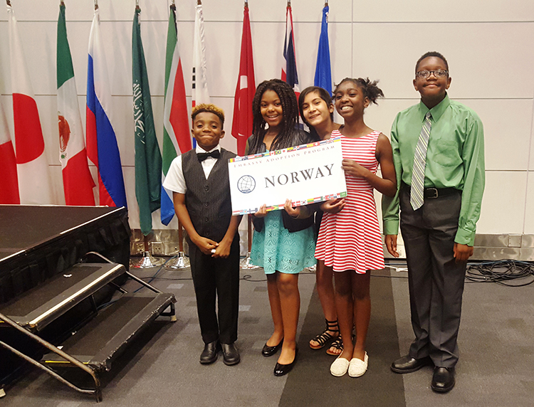 Photo: Stephanie Thompson Students from Leckie elementary school represent Norway at the United Nations Simulation.