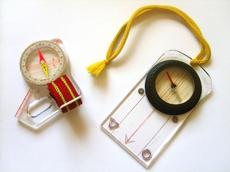 Photo: Leinad / Wikimedia Commons Right: Your compass may not look as slick, but it will work just as well!