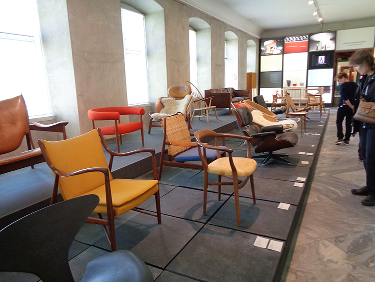 Photo: Cynthia Elyce Rubin A variety of chairs are on display in the Designmuseum Denmark.
