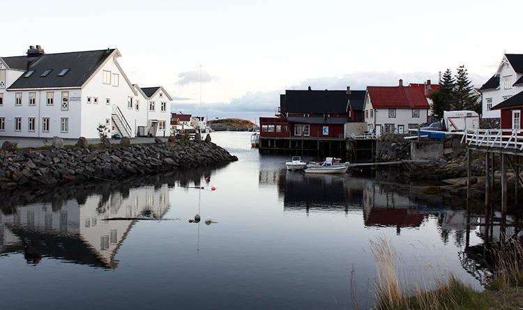 Photo: Ilan Kelman Northern Norway's choice: Oil, beauty, or both?