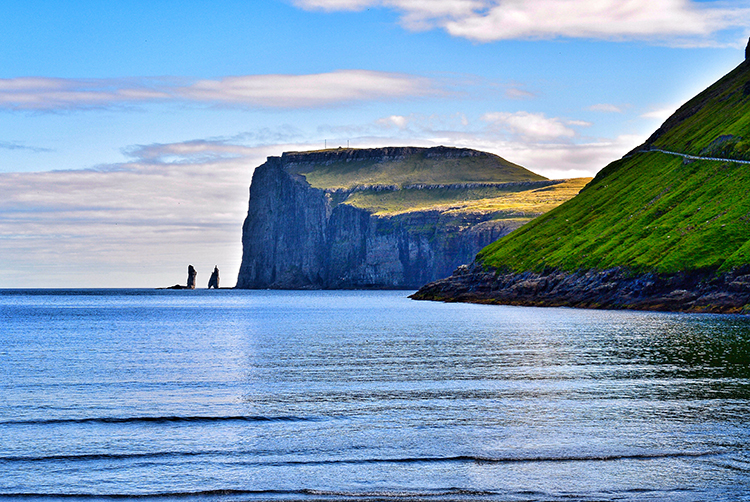 Photo: Elisabeth Beyer The Witch and the Giant can be seen to the left, having failed to pull the islands to Iceland.