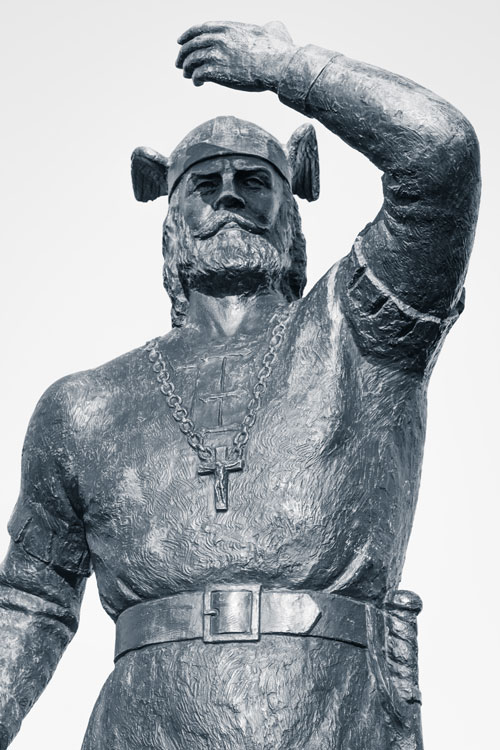 Leif Erikson statue in Duluth. Photo: Sharon Mollerus / Flickr