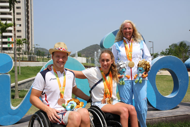 Andreas Bjørnstad, Sarah Louise Rung, and Ann Cathrin Lübbe, Norway's medal-winners in the Paralympics. Photo courtesy of Norges Idrettsforbund