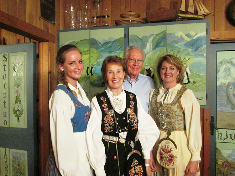 Photo: Christine Foster Meloni JJ Henry with wife Jane, daughter Frances, and granddaughter Deming.